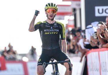 Intorno agli Emirati Arabi Uniti | S3 Adam Yates domina Jabal Hills e guida GC